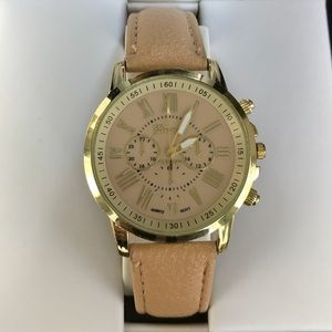 Geneva Watch goldstone w/tan leather straps